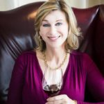 Debra Meiberg是本港出色的教育家。