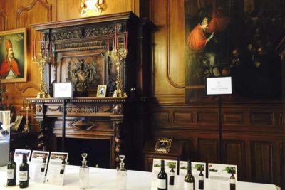 Chateau Pape Clement的品酒室。