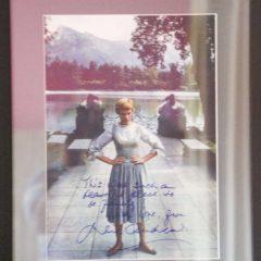 Julia Andrews 的簽名