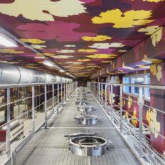 釀酒室上層,壁畫寓意秋⽇收穫的季節